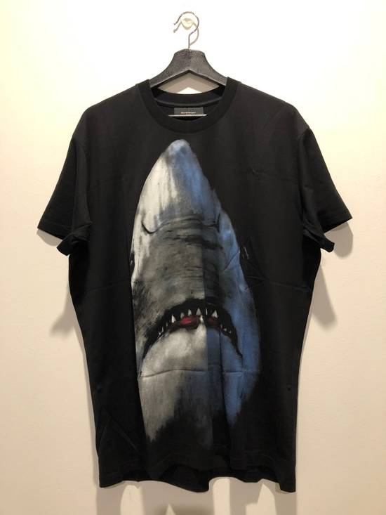 Givenchy Shark Print T-Shirt Size US XXS / EU 40