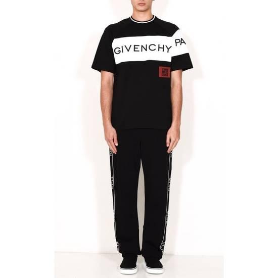 Givenchy 4G T-Shirt Size US L / EU 52-54 / 3 - 1