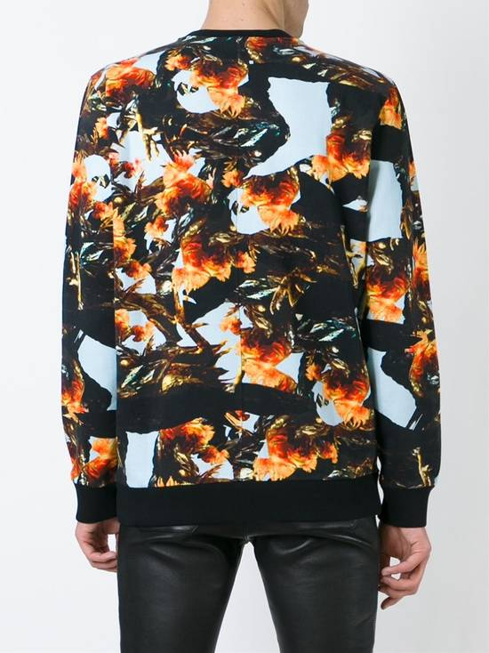 Givenchy $760 Givenchy Monkey Rooster Fight Print Rottweiler Stars Sweater size L Size US L / EU 52-54 / 3 - 4