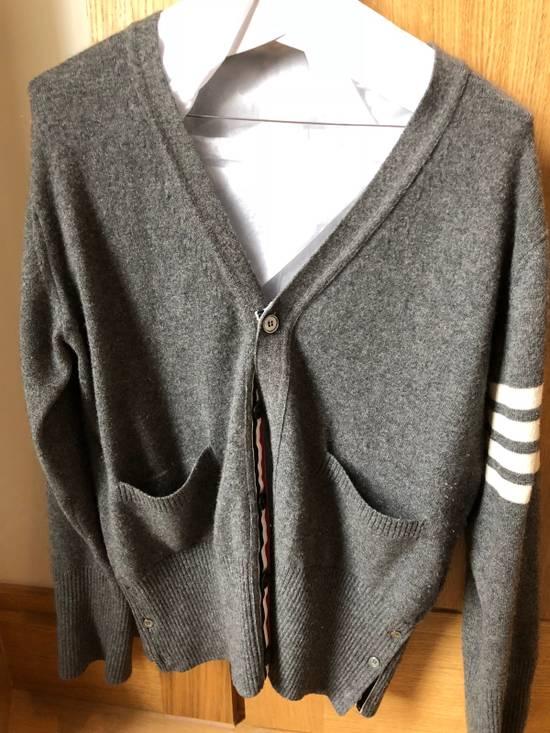 Thom Browne Signature Grey Cashmere Cardigan Size US M / EU 48-50 / 2 - 1
