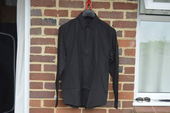 Givenchy Black Emboidred Outline Stars Shirt Size US M / EU 48-50 / 2