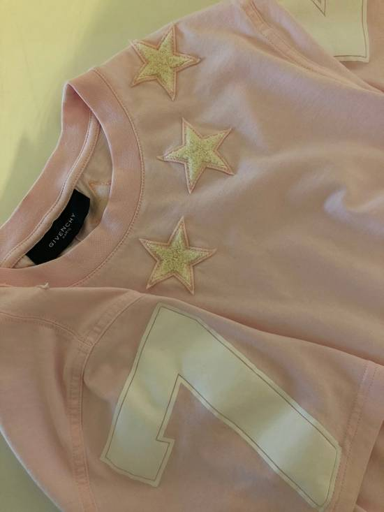 Givenchy Star Detailing Givenchy Tee Size US XS / EU 42 / 0 - 3