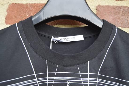 Givenchy Black Graphic Print T-shirt Size US S / EU 44-46 / 1 - 4