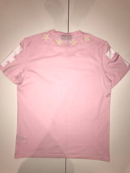 Givenchy Givenchy Pink 47 Tshirt With Embroidered Stars Size US L / EU 52-54 / 3 - 2