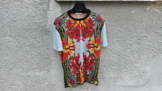 Givenchy $740 Givenchy Blue Iris Floral Birds of Paradise Star Oversized T-shirt size XS Size US M / EU 48-50 / 2