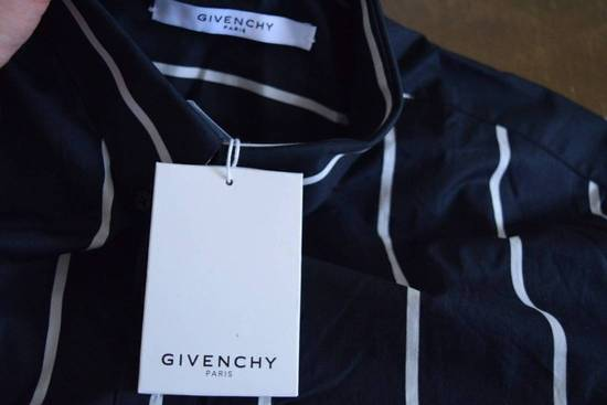 Givenchy Givenchy $780 Button Down Collar Striped Shirt Columbian Fit Size 38 Brand New Size US M / EU 48-50 / 2 - 3