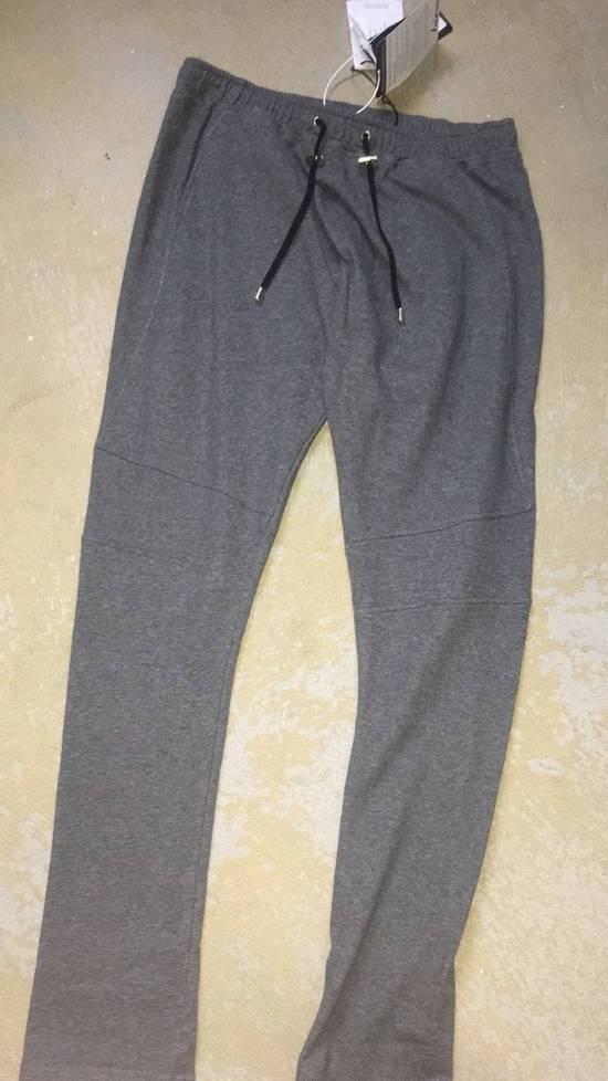 Balmain Balmain Authentic $590 Grey Sweatpants Jogger Size L Brand New Size US 34 / EU 50