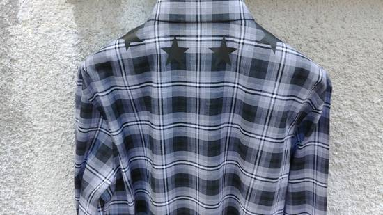 Givenchy $520 Givenchy Star Checked Rottweiler Shark Slim Fit Shirt size 44 (XL) Size US XL / EU 56 / 4 - 10