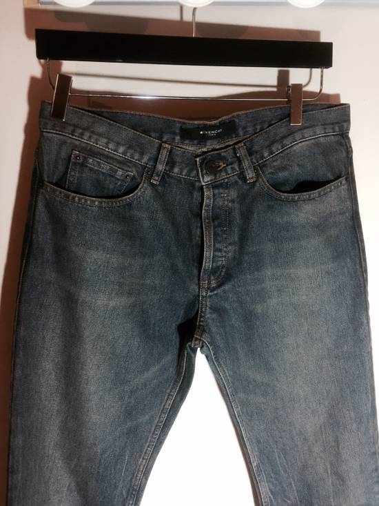 Givenchy Cuban Fit Slim Washed Jeans Size US 31