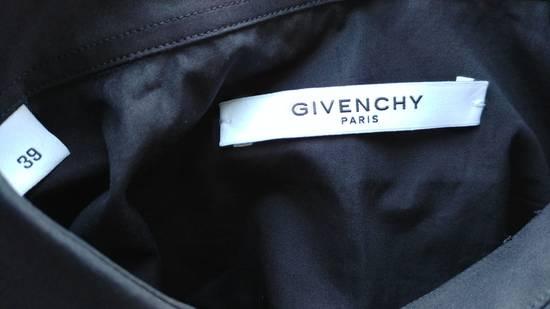 Givenchy Givenchy Black Chest Pocket Plain Rottweiler Shark Men's Shirt size 39 (M) Size US M / EU 48-50 / 2 - 5