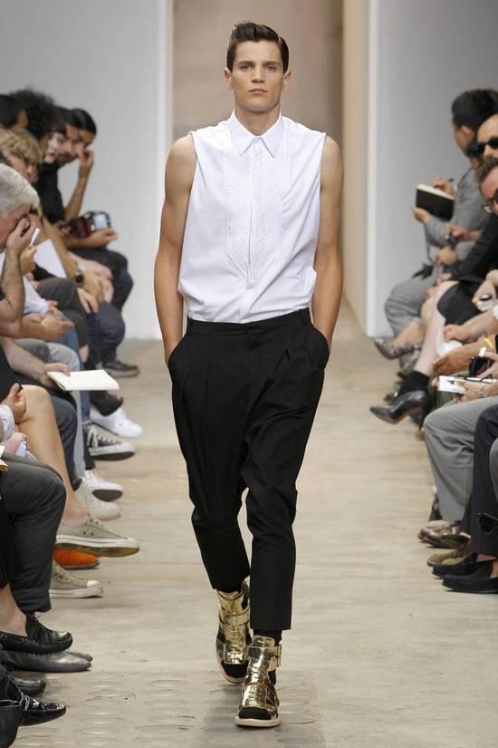 Givenchy SS13 WHITE COLLAR DETAILED SHIRT Size US XS / EU 42 / 0 - 1