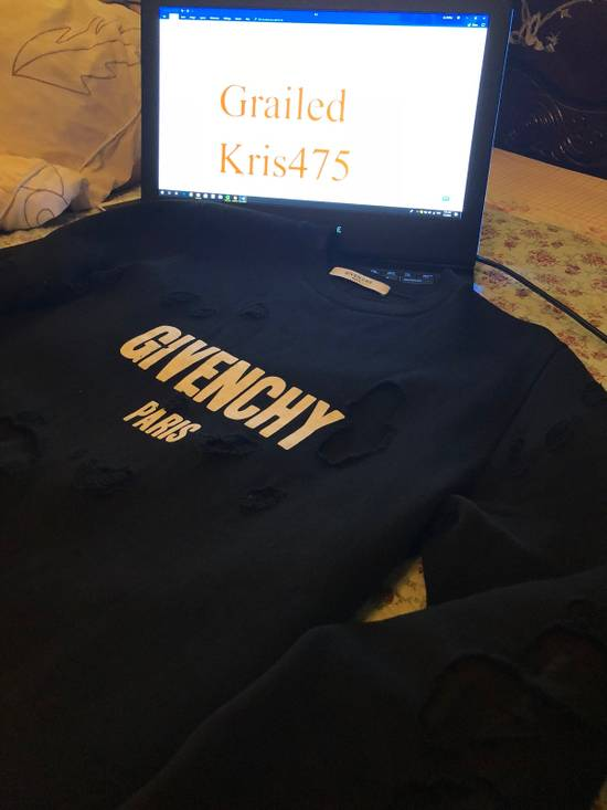 Givenchy Givenchy Destroyed Sweater With Givenchy Logo Embroidered Size US XS / EU 42 / 0 - 2