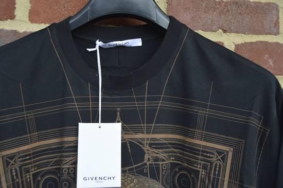Givenchy Brown Cobra Print T-shirt Size US M / EU 48-50 / 2 - 5