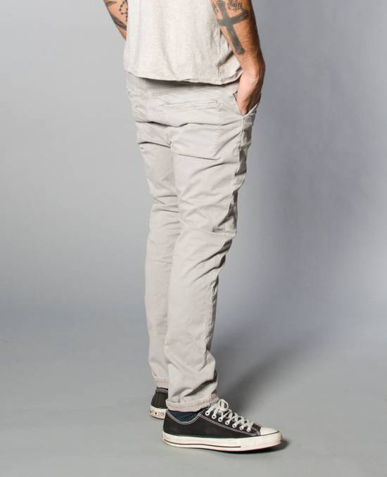 Nudie Jeans thin finn khakis chino Size US 32 / EU 48 - 2