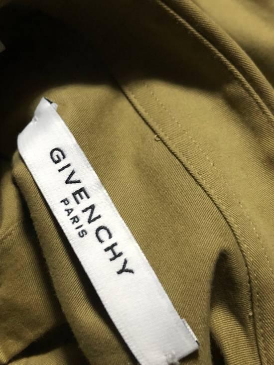 """Givenchy """"Real Eyes Realize Real Lies"""" Slogan Shirt Size US S / EU 44-46 / 1 - 10"""