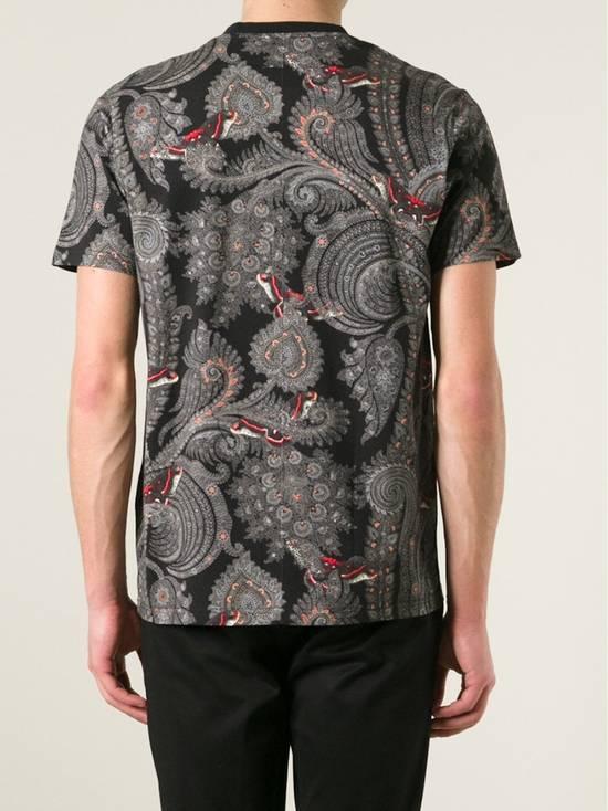 Givenchy Givenchy Blue Paisley & Butterfly Shark Stars Oversized T-shirt size S (L / XL) Size US S / EU 44-46 / 1 - 3