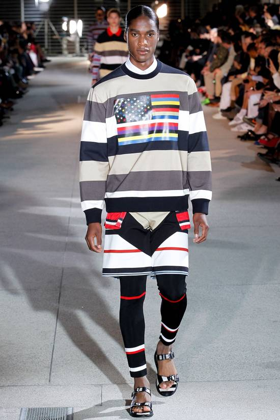 Givenchy $795 Givenchy American Flag Stripe Rottweiler Oversized Sweater size XXS (L) Size US L / EU 52-54 / 3 - 1