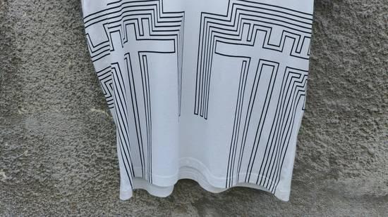 Givenchy $595 Givenchy Geometric Cross Print Rottweiler Shark Oversized T-shirt size XS (M) Size US M / EU 48-50 / 2 - 9