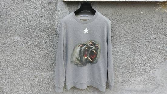 Givenchy Givenchy Grey Twin Monkey Brothers Print Rottweiler Men's Sweater size XS (S / M) Size US S / EU 44-46 / 1