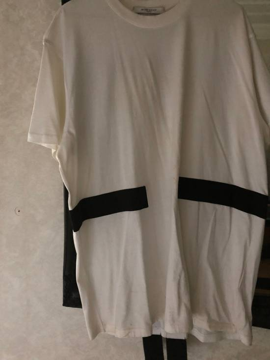 Givenchy Contrast Band Columbia's T-Shirt Size US M / EU 48-50 / 2 - 4