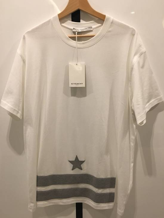 Givenchy Star And Stripes Tee Size US M / EU 48-50 / 2