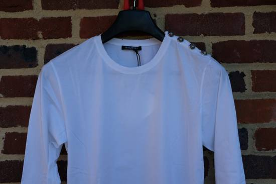 Balmain Buttoned Shoulder Long Sleeve T-shirt Size US M / EU 48-50 / 2 - 3