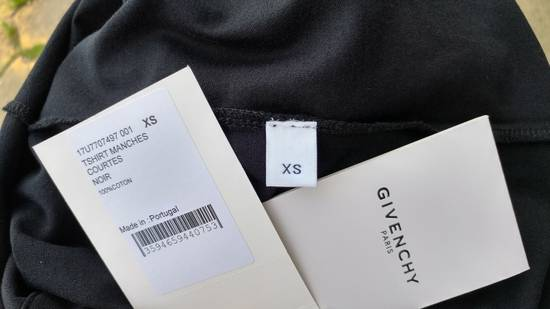 Givenchy $590 Givenchy Iconic Eye Print Rottweiler Bambi Stars Women's T-shirt size XS Size US XS / EU 42 / 0 - 10