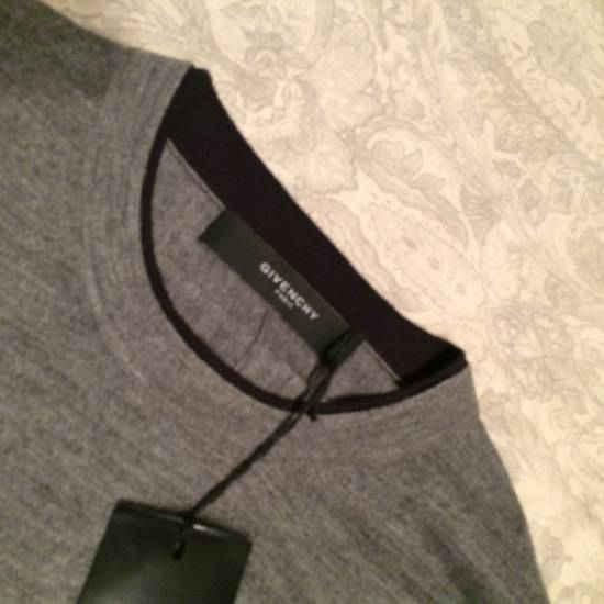 Givenchy Cross-detail Sweater Size US S / EU 44-46 / 1 - 2