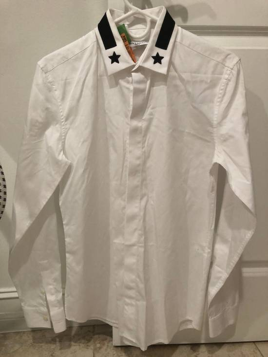 Givenchy White Long Sleeve Star Collar Size US S / EU 44-46 / 1