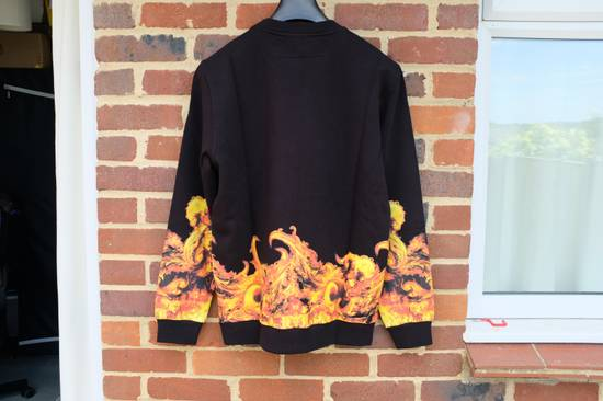 Givenchy Flame Print Sweater Size US M / EU 48-50 / 2 - 6