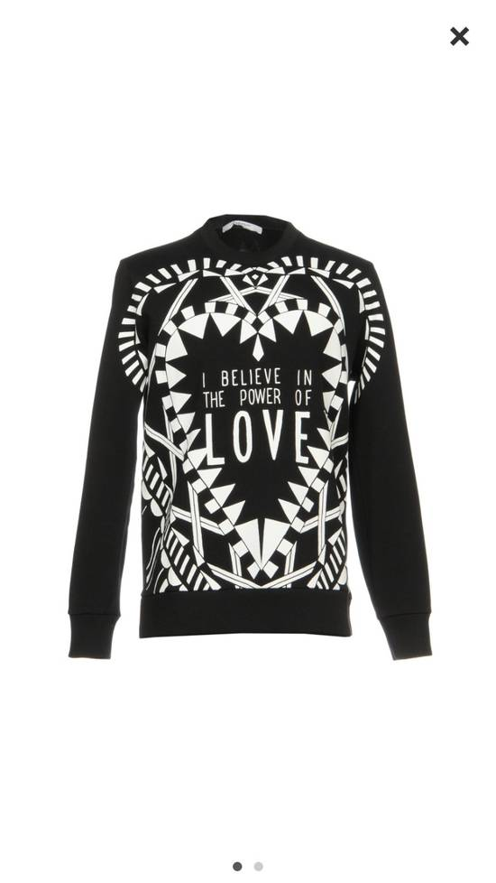 Givenchy I Believe In The Power Of Love Sweater Size US M / EU 48-50 / 2