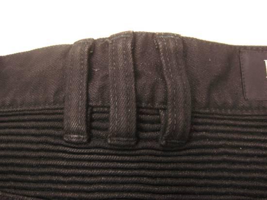 Balmain Classic Moto Jeans Made in Japan Style No. W4HT551C710W Black Coated Skinny Stretch Denim Biker Pants 32 x 32 Size US 32 / EU 48 - 21
