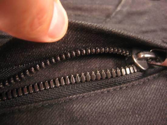 Balmain Classic Moto Jeans Made in Japan Style No. W4HT551C710W Black Coated Skinny Stretch Denim Biker Pants 32 x 32 Size US 32 / EU 48 - 7