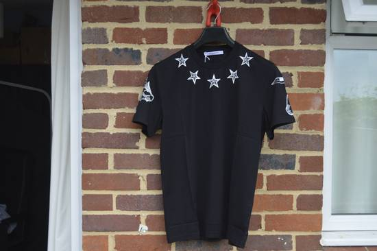 Givenchy Tattoo Stars Print T-shirt Size US M / EU 48-50 / 2