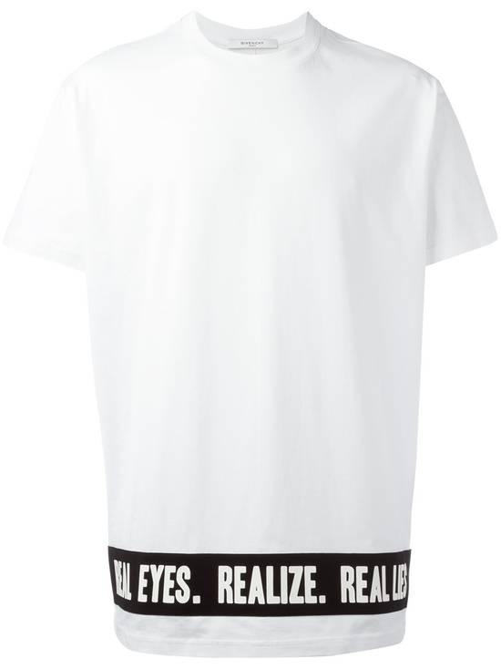 Givenchy Givenchy Slogan Real Eyes Madonna Rottweiler Shark Oversized T-shirt size XS (L) Size US XS / EU 42 / 0 - 1