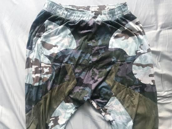 Givenchy Givenchy SS14 multi-camo drop-crotch sweatpants size L (fit 32-26) Size US 34 / EU 50 - 2