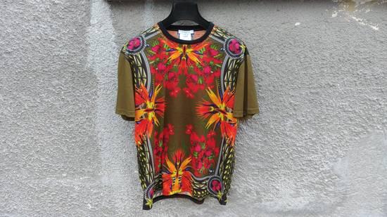 Givenchy $745 Givenchy Khaki Birds of Paradise Iris Floral Rottweiler Oversized T-shirt size XS Size US XS / EU 42 / 0