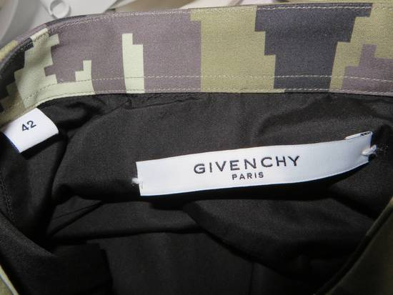 Givenchy Camouflage collar shirt Size US L / EU 52-54 / 3 - 9