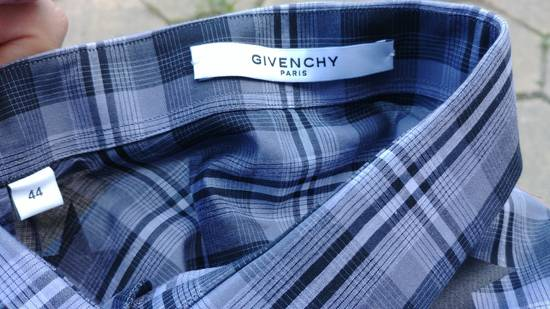 Givenchy $520 Givenchy Star Checked Rottweiler Shark Slim Fit Shirt size 44 (XL) Size US XL / EU 56 / 4 - 13
