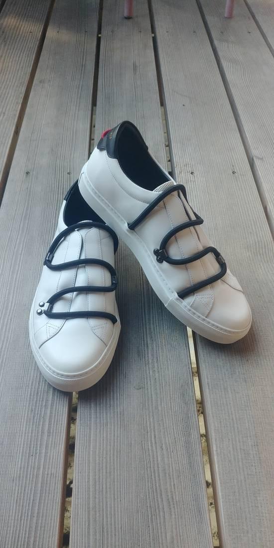 Givenchy Givenchy Strap Sneaker White Size US 8 / EU 41 - 1