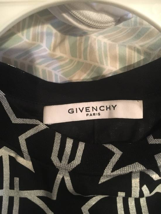 Givenchy T-Shirt Size US L / EU 52-54 / 3 - 3
