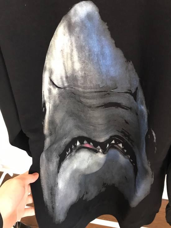 Givenchy Shark Print Sweatshirt Size US L / EU 52-54 / 3 - 5