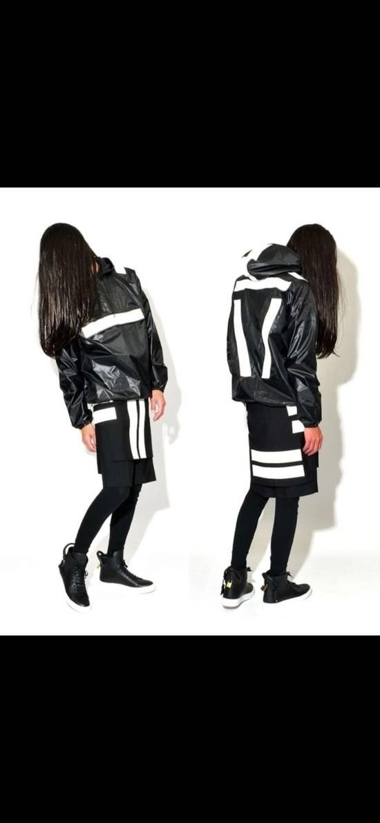 Givenchy Mens Givenchy Active Sports Windbreaker Size M Size US M / EU 48-50 / 2 - 2