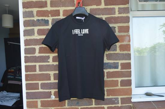 "Givenchy Black ""I Feel Love"" T-shirt Size US XS / EU 42 / 0"