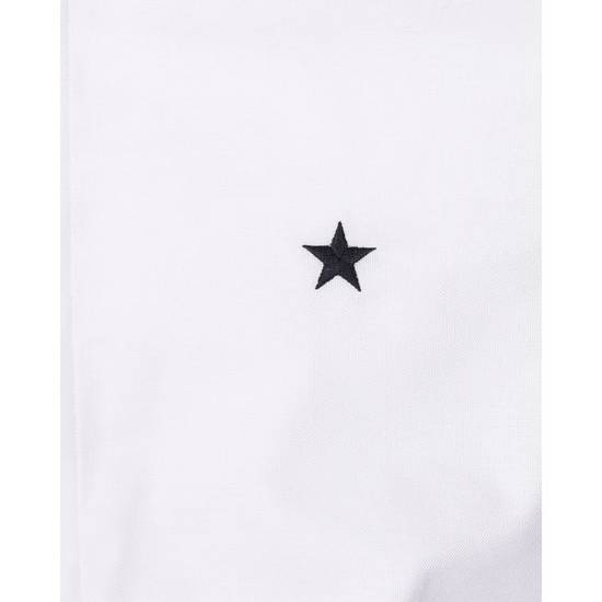 Givenchy CONTEMPORARY FIT SHIRT WITH EMBROIDERED STAR Size US XL / EU 56 / 4 - 5