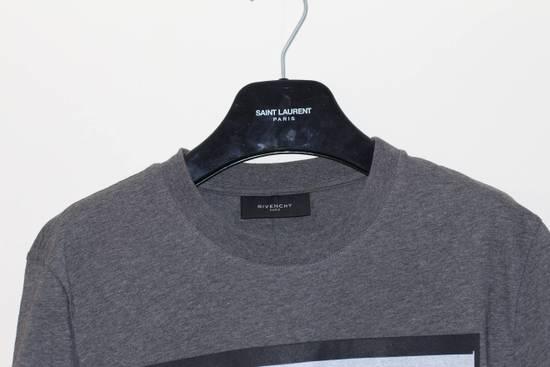 Givenchy Flower Applique T-Shirt Size US S / EU 44-46 / 1 - 1