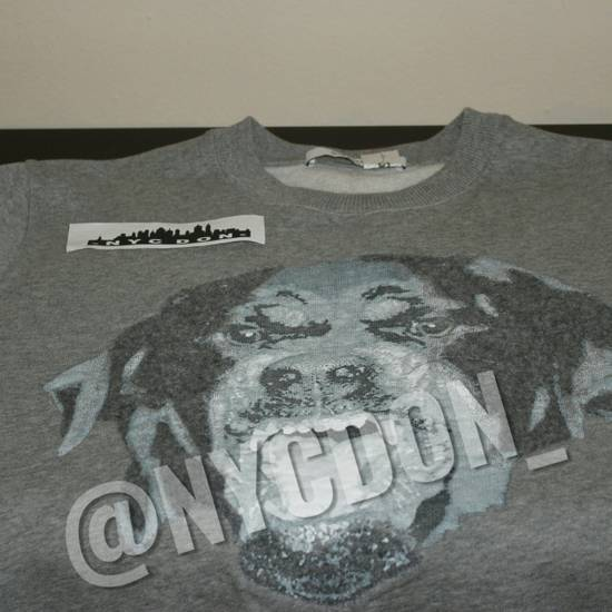 Givenchy Rottweiler Crewneck Sweater Size US M / EU 48-50 / 2
