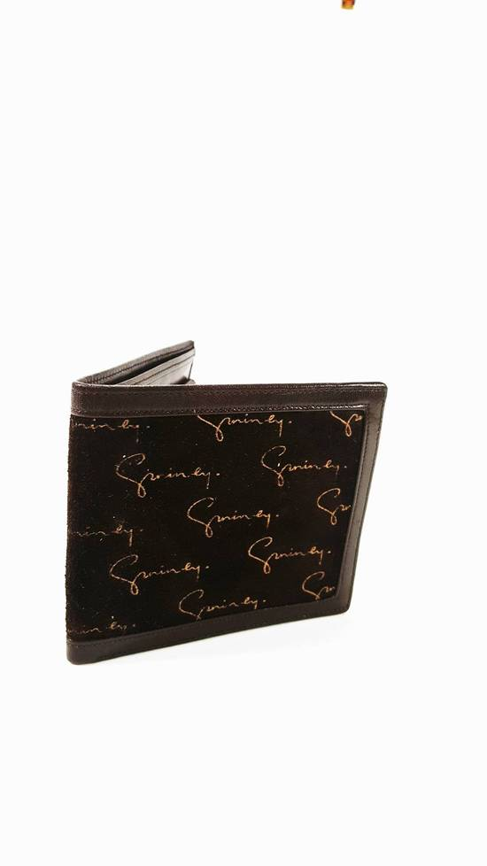 Givenchy Suede logo wallet Mint condition FINAL DROP LAST NIGHT BUYER FLAKED Size ONE SIZE - 3