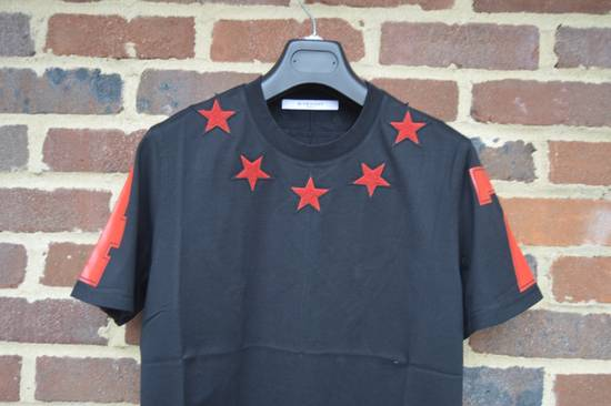 Givenchy Black and Red 5 Stars T-shirt Size US XL / EU 56 / 4 - 3