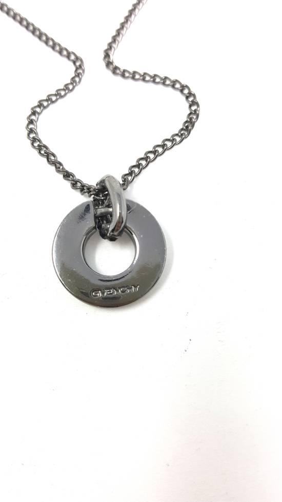 Givenchy Gun metal necklace Size ONE SIZE - 8